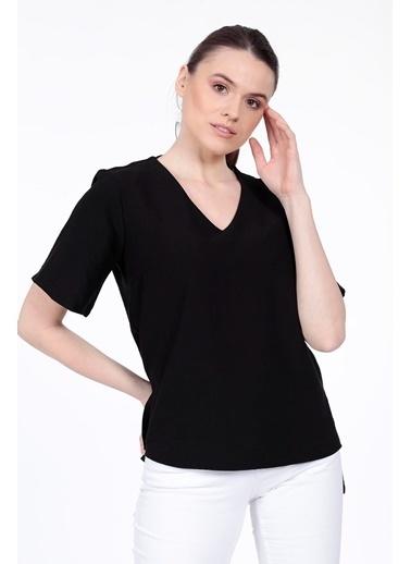 Vitrin V Yaka Kısa Kol Bluz Siyah